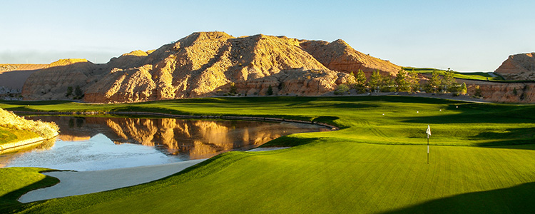 #12 Green Falcon Ridge Golf Course - Mesquite, Nevada - Photo by Brian Oar - All Rights Reserved